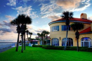 The King and Prince Oceanfront Lawn