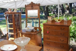 antique_show